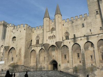 Påvepalatset är en enorm anläggning.